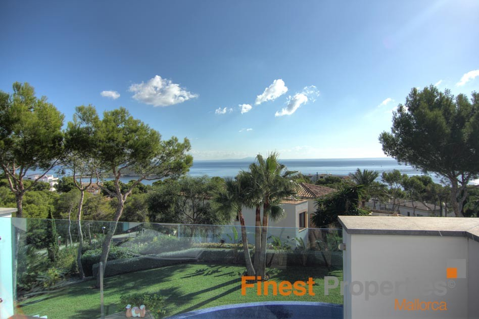 Modern sea view villa in Cala Vinas for sale - Picture 3