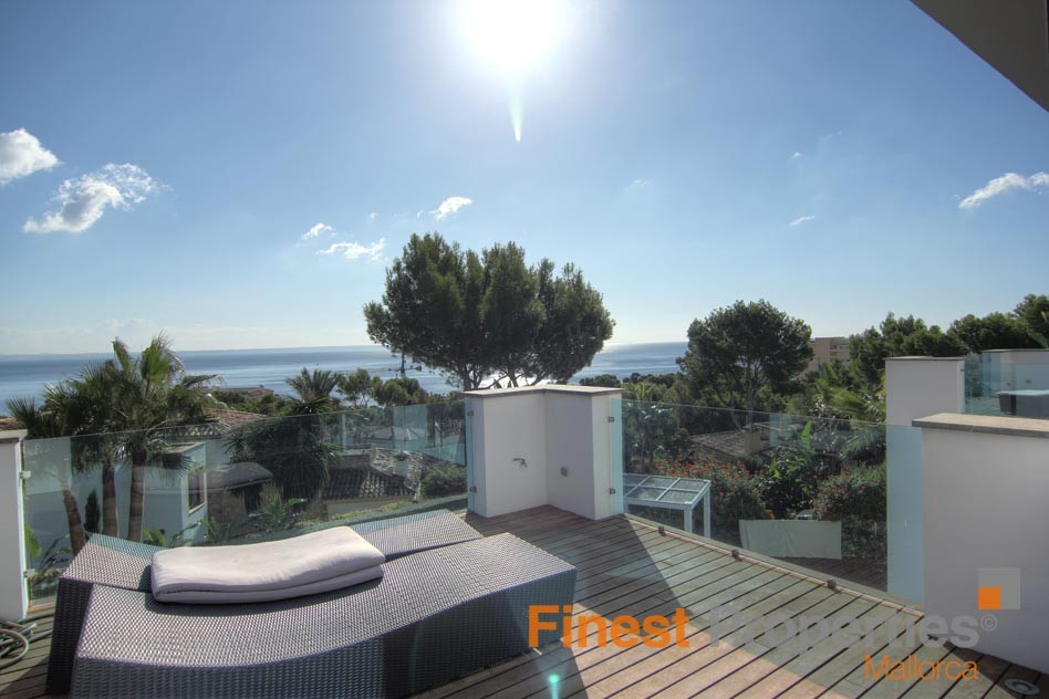 Modern sea view villa in Cala Vinas for sale - Picture 5