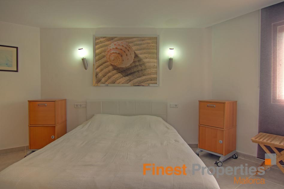 Modern apartment in 1st sea line in Magaluf for sale - Picture 12